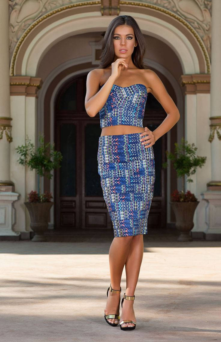 For a stylish outfit that can be worn from day or night, look no further the Vespasien blue tribal print co-ord set. Shop the look at Vero Milano. http://www.veromilano.com/shop/best-sellers/dresses/vespasien-blue/