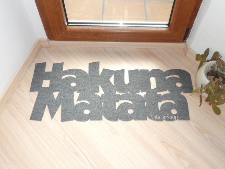 Hakuna Matata doormat. The Lion King. Custom door mat. Possitive message.