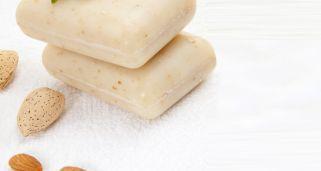 Jabón natural relajante con aceite de almendras                                                                                                                                                                                 Más