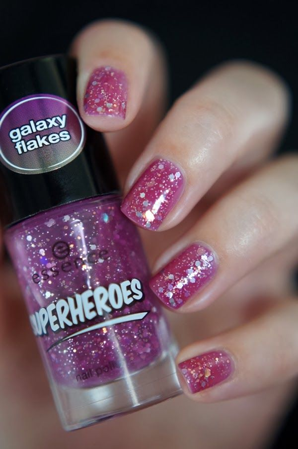 Essence Superheroes, The Awesome ~ Beautyill | Beautyblog met nail art, nagellak, make-up reviews en meer!