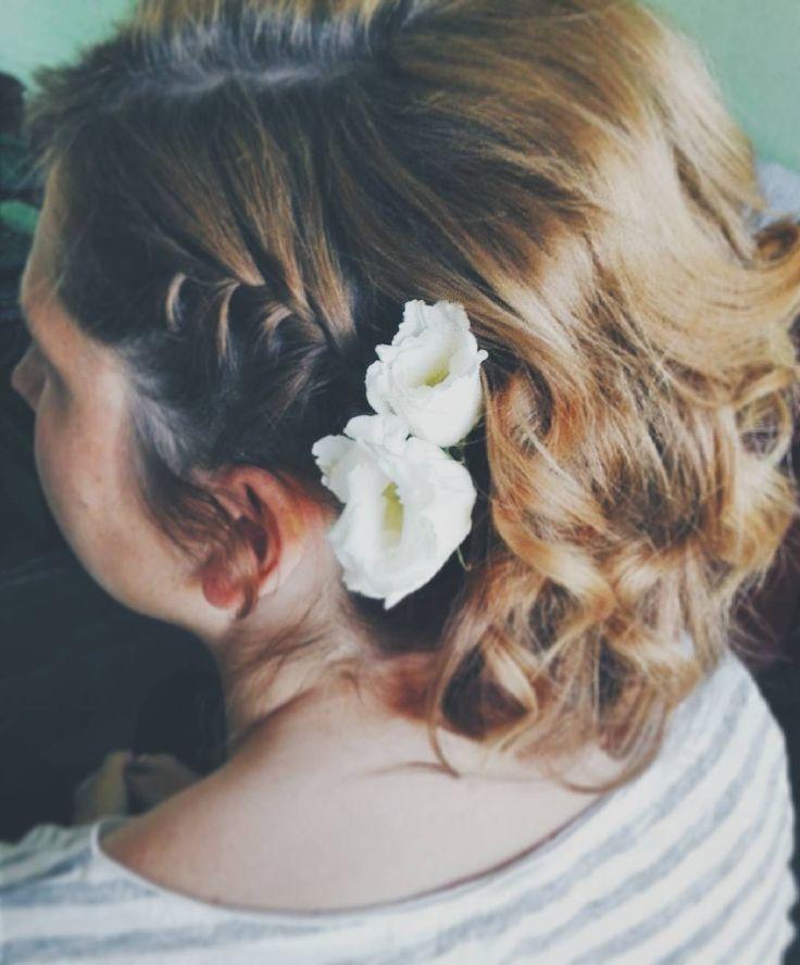 Trochę mnie nie było bo tyyyle mam pracy    ale już jestem i wracam do #365daysofbraids #day34 #hairchallenge #braidschallenge #wyzwanie #warkocze #fryzura #krotkiewlosy #instabraids #hairoftheday #instahair #braidideas #kwiatywewlosach #flowers #weddinghair #hairstylist #hairblog