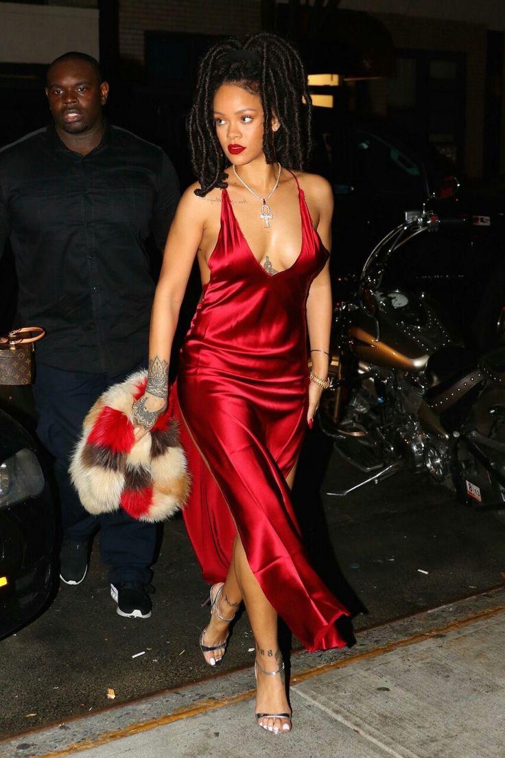 1000  ideas about Rihanna Red Dress on Pinterest  Rihanna ...
