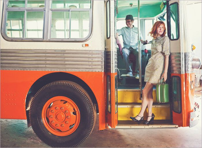 Love love this engagement session.: Bus Engagement, Photos Inspiration, Photos Ideas, Photography Atlanta, Engagement Photos, Photos Blog, Photography Engagement W, Photography Inspiration, Couple Engagement Photography