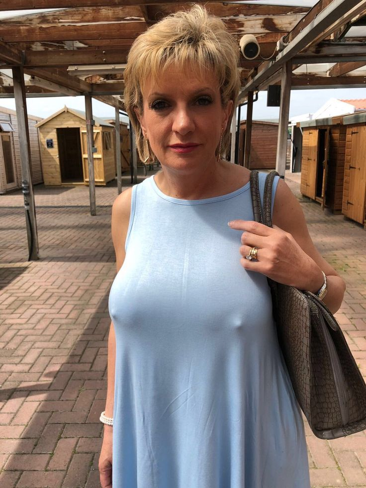 Gill Ellis-Young  Rex Mix In 2019  Lady, Older Women Und -6746