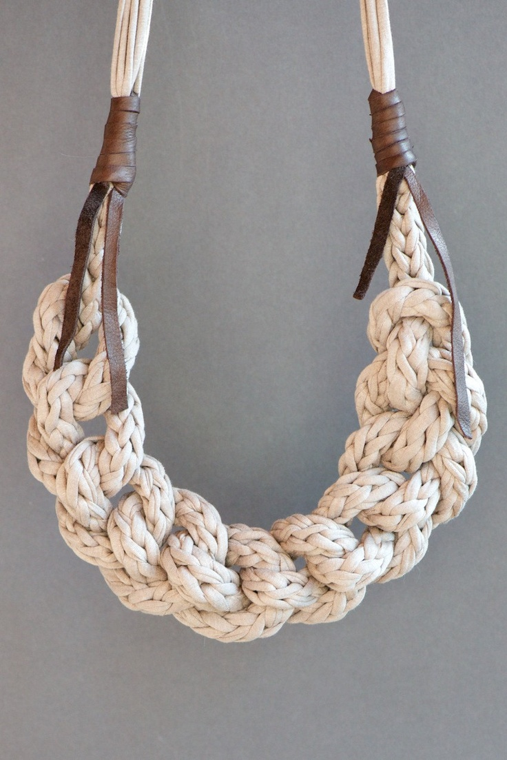 Fabric yarn necklace knitted and braided with leather