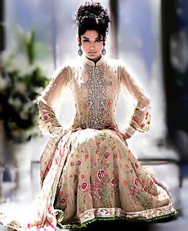 Anarkali D3260 - Outfit #indian #anarkali #bridalwear #fashion