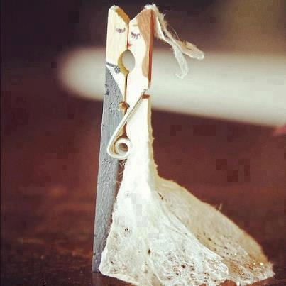 Clothespin Bride And Groom Make Nice Name Card Holders For Wedding Party
