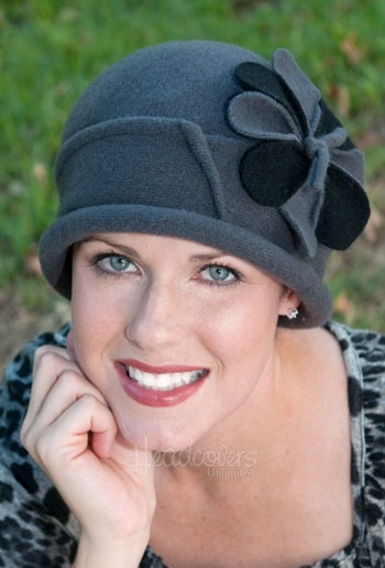cancer patient hats for chemo: Crocheth Gorros Hats, Patient Hats, Flowers Pin, Cancer Hats, Color, Cancer Chemo Hats, Cap Hats, Cancer Patient, Cloche Hats Y