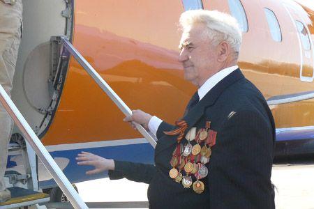 Аэропорт Домодедово обслужит ветеранов как VIP клиентов - Сайт города Домодедово