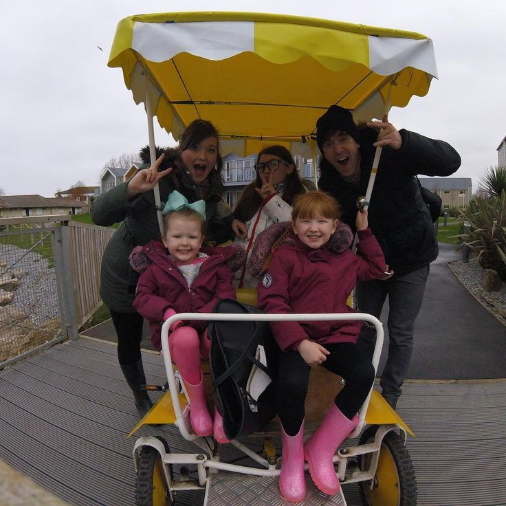 The Ingham Family (@inghamfamily) Instagram photo 2017-02-22 13:07:30 On a tour de Butlins pedal bike style! Best cardio work out ever!! @officialbutlins #butlinsminehead #style