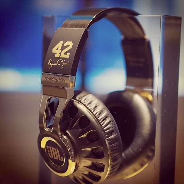 jbl headphones gold. official jbl store - speakers, headphones, and more! custom black gold mariano rivera synchros on display.. | harman flagship store, nyc pinterest jbl headphones 0