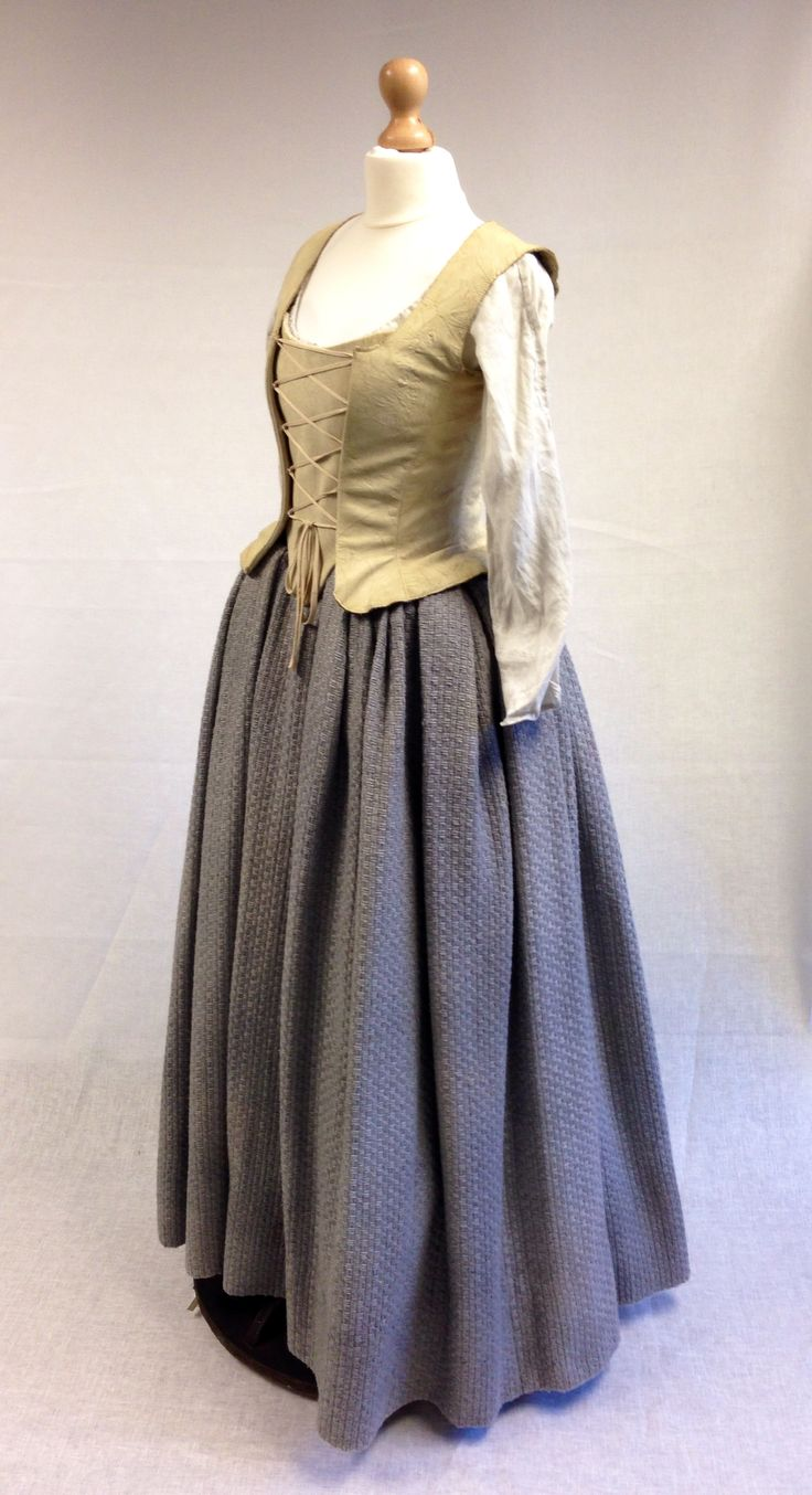 Geillis Duncan's Meeting Claire costume.   Costume Designer TERRY DRESBACH   Outlander on Starz