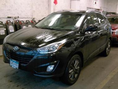 2014 HYUNDAI TUCSON S https://www.auctionexport.com/en/Inventory/Info/2014-hyundai-tucson-se-limited-sport-utility-4-door-107136562?searchID=-575332693