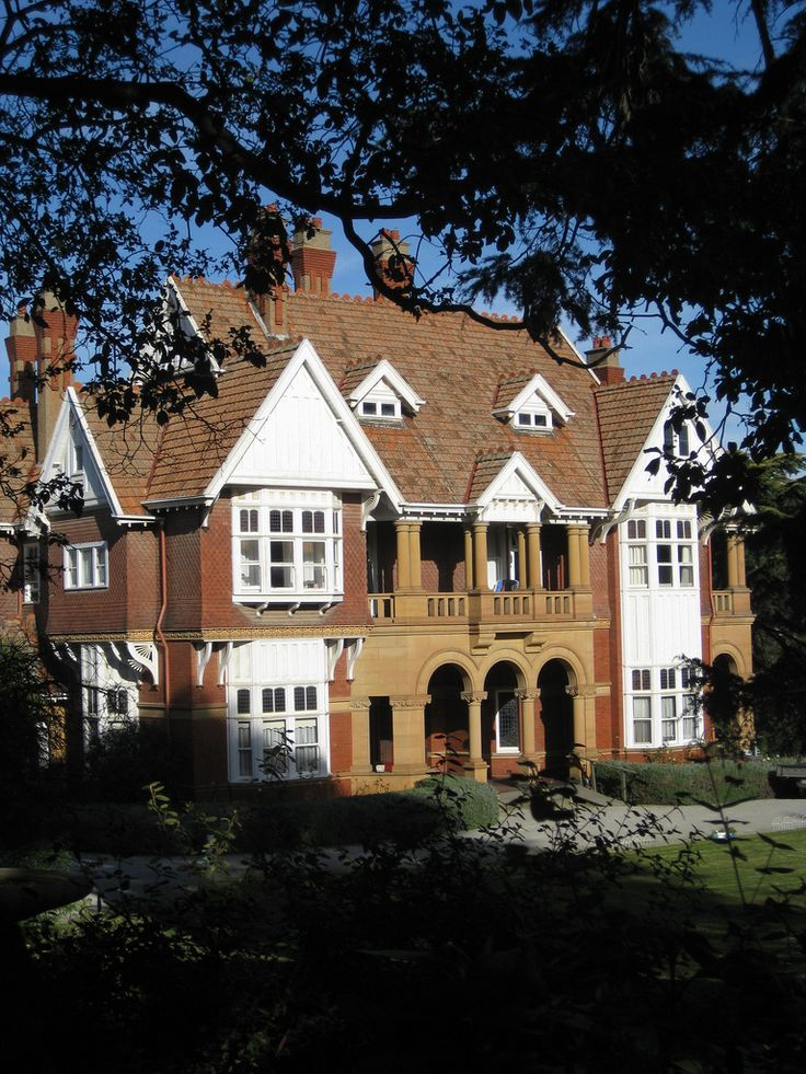 """Dalswraith"" Queen Anne Mansion - Studley Park, Kew, Victoria, Australia"