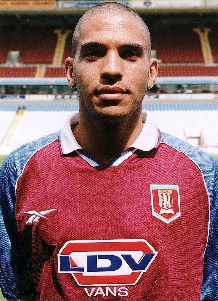 Stan Collymore del Aston Villa 1998/99. - #Aston Villa #Quiz #Villa
