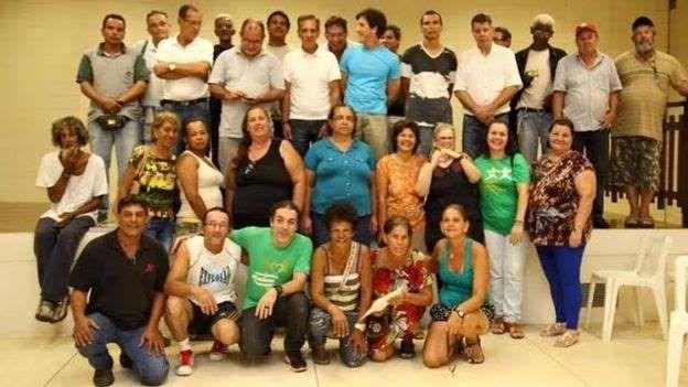Grupo de filhos de pacientes que foram separados dos pais, pacientes de hanseníase.