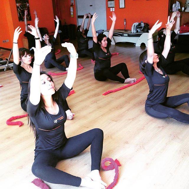 clases de pilates en @crisalbanstudio  #pilates #pilateando #pilatesbody #pilateslover #pilatesclass #pilatesbogota #pilatesclases #tallerespilates #fletcher #fletcherpilates #workout #fitness #healthy #wellness