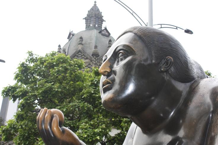 Escultura del Maestro Fernando Botero en Medellín, antioquia