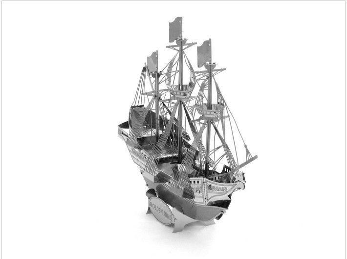 1:300 Mini Figure model pirates Sailing vessel boat Ship miniatures collectibles