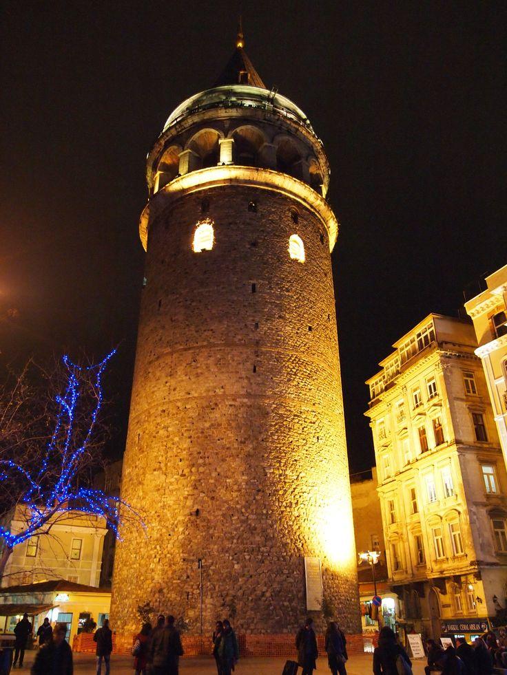 Torre di Galata di notte - Istanbul