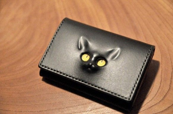 【受注生産品】黒 レリーフ猫の名刺入れ