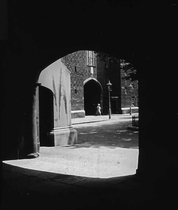 Lincoln's Inn gateway seen from Old Hall, c. 1910 London England