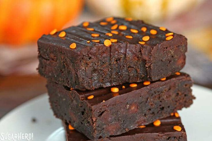 2-Ingredient Pumpkin Brownies – These rich, brownies have a secret–they're made… – Fall Halloween Thanksgiving