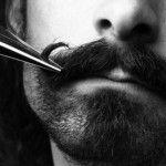 Tailler sa barbe aux ciseaux, comment faire ?