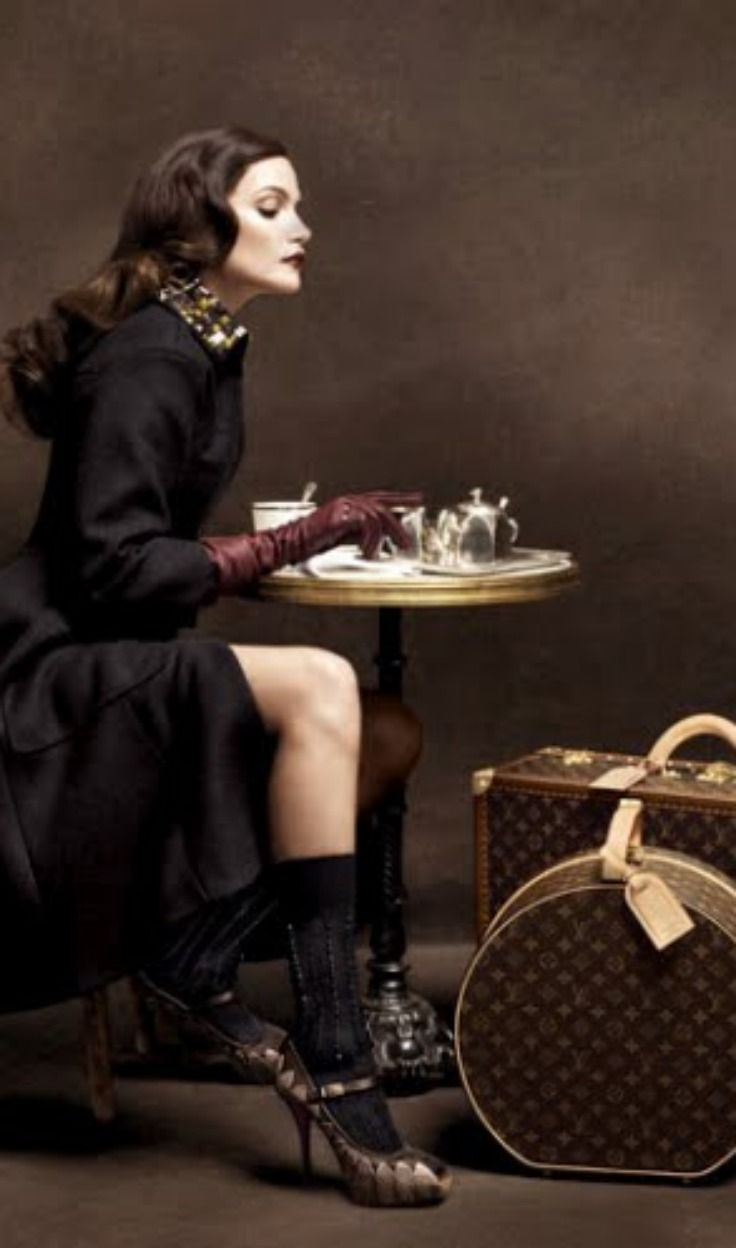LV glam with a coffee https://www.facebook.com/pages/Coffee-Society/651773478236556