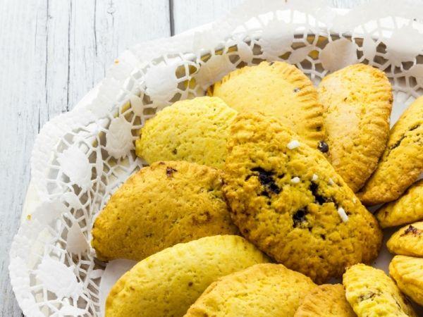 Ravioli dolci di Carnevale al forno: la nostra ricetta più leggera per i famosi dolcetti carnevaleschi a forma di raviolo