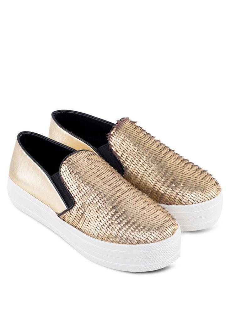 STEVE MADDEN Gold Buhba Sneakers Buhba輕便鞋