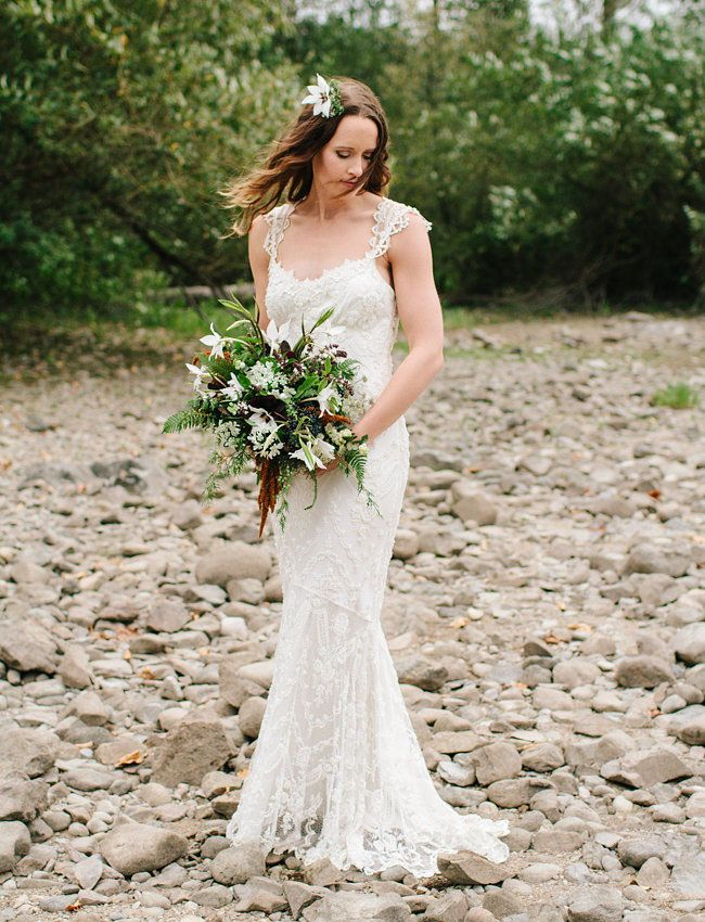 Claire Pettibone 'Chantilly' Wedding Dress via The Dress Theory http://www.clairepettibone.com/bridal/?cp=gowns/chantilly | Floral: Botanique | Photo: Jess Hunter feat. on Green Wedding Shoes