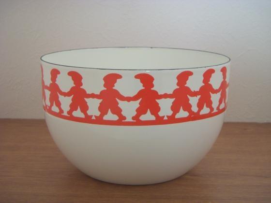 Finel bowl. Tonttu Pattern.