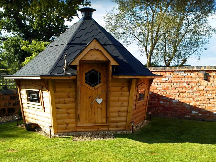 Swedish BBQ hut - cheaper than hobbit house?