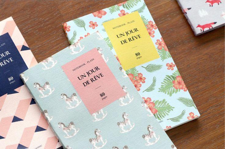 Libreta coreana de notas de bolsillo. 4 diseños originales y divertidos. 80 páginas de interior liso, para escribir o dibujar en cualquier lugar.