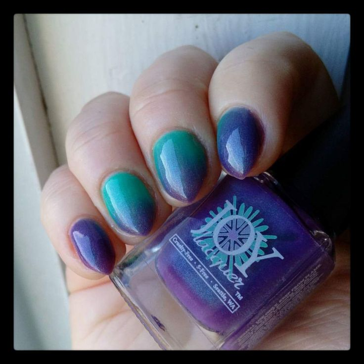 "Joy Lacquer, ""Joyful"" thermal nail polish"
