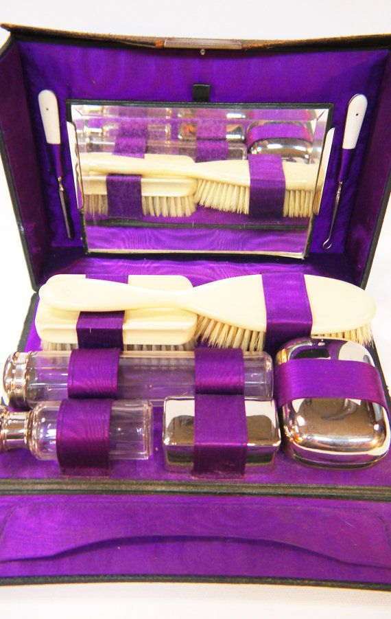 91 Best Images About Vintage Grooming And Vanity Sets On