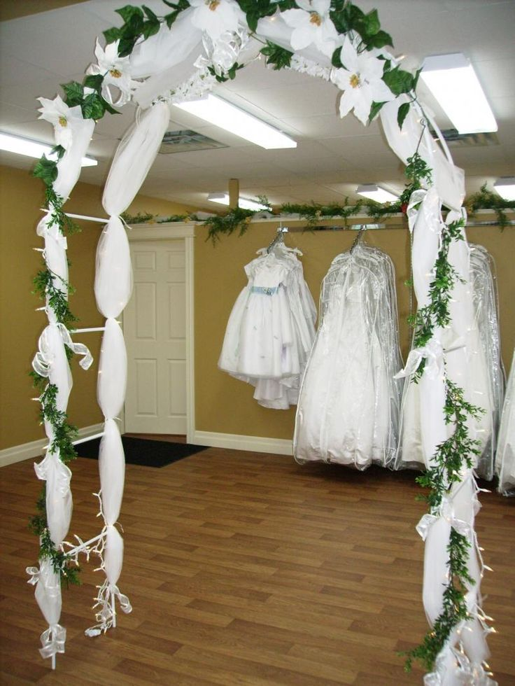 Best 25 indoor wedding arches ideas on pinterest for Arch wedding decoration ideas