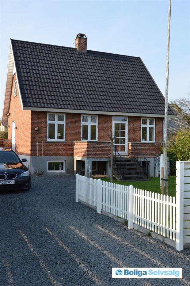 Holbækvej 41, 4400 Kalundborg - Indflytningsklar murermestervilla i centrum af Kalundborg. #villa #kalundborg #selvsalg #boligsalg #boligdk