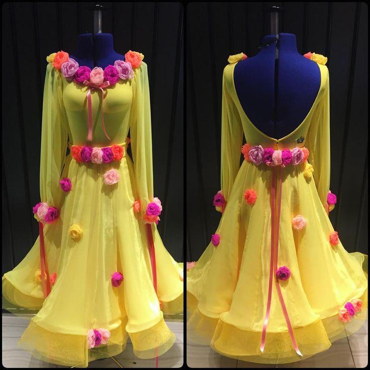 Солнце в середине зимы ☀️ милые и красочные бальные платье создано ДЛК организации дизайн #dress_design #ballroom_dress #ballroomdress #бальные #если #красочные #цветы #ручной работы