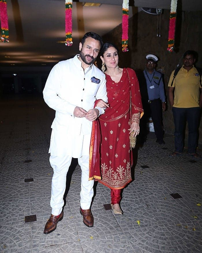 Inside Kareena Kapoor S Cousin Armaan Jain S Roka Ceremony Hungryboo Colourful Outfits Kareena Kapoor Pregnant Kareena Kapoor