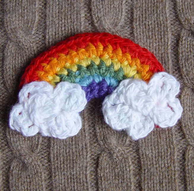 Sweet: crochet rainbow with clouds...
