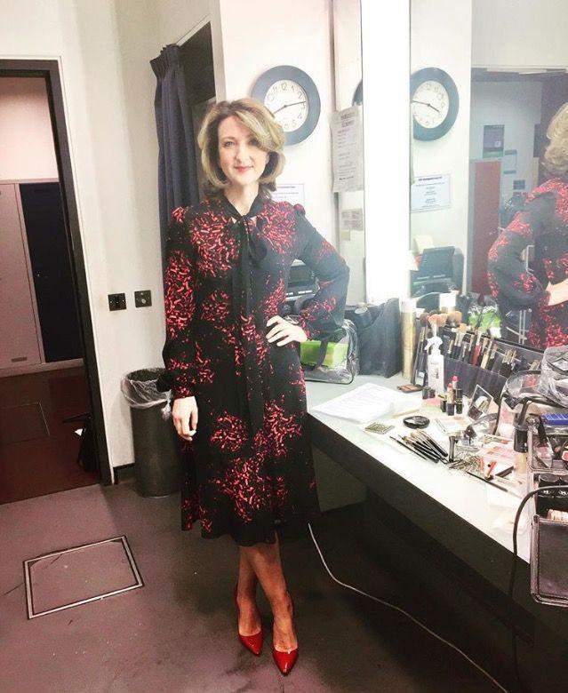 512a4278e57c Victoria Derbyshire in her Julia dress | ELLIE LINES ...
