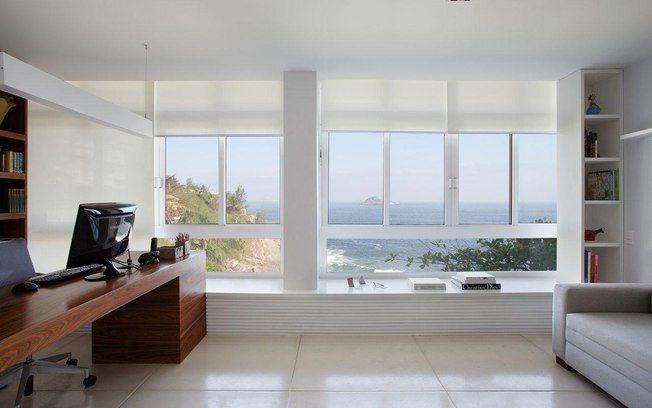 Evite pisos esmaltados e brilhantes, pois acabam riscando devido à ação da areia trazida pelo vento. Foto: Divulgação
