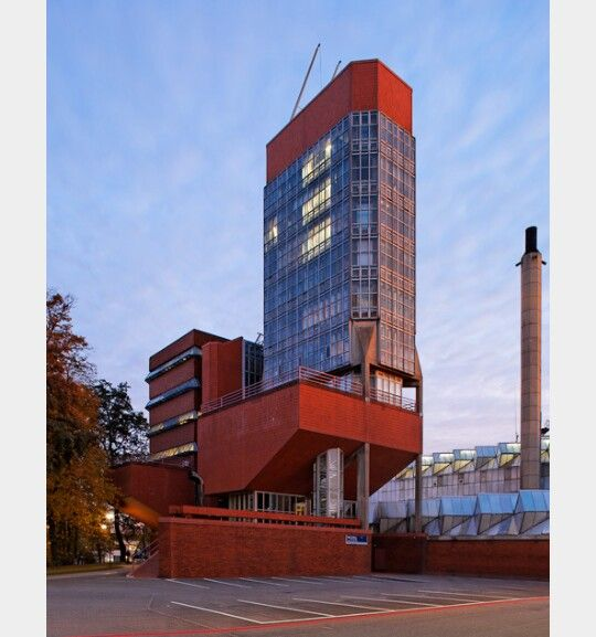 Departamento de ingenieria de la universidad de Leicester. Arq. James Starling