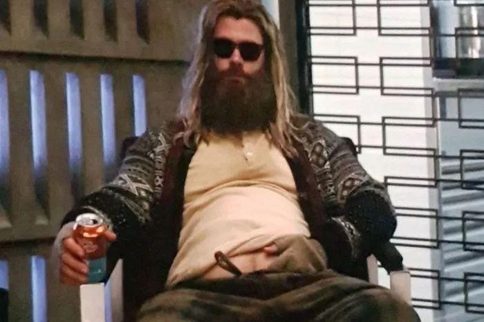 Thor Endgame Thor Wallpaper Thor Thor Costume