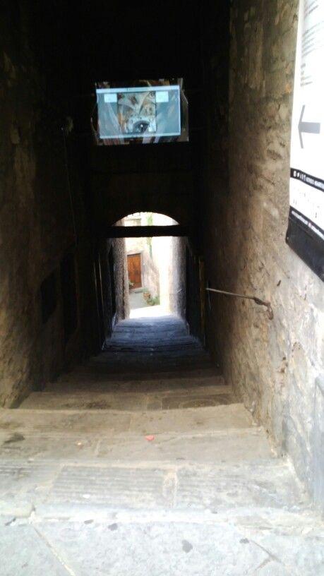 corridoio nel villaggio