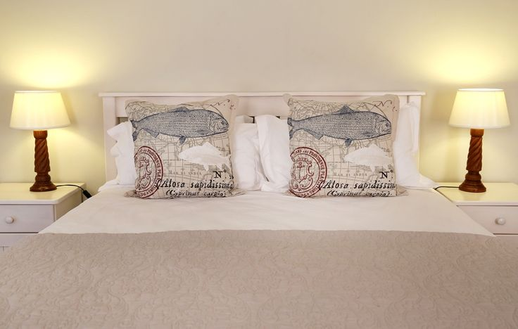 Tortoise House: Master Bedroom.   FIREFLYvillas, Hermanus, 7200 @fireflyvillas ,bookings@fireflyvillas.com,  #TortoiseHouse #FIREFLYvillas #HermanusAccommodation
