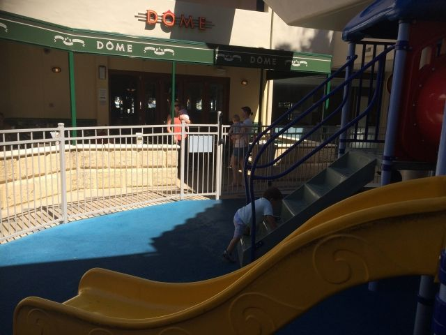 Top 15 Restaurants with Playgrounds in Perth