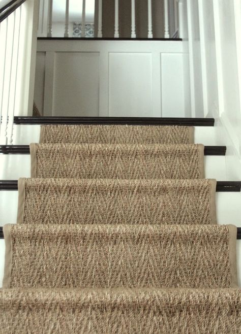 17 Best Ideas About Staircase Runner On Pinterest Rugs